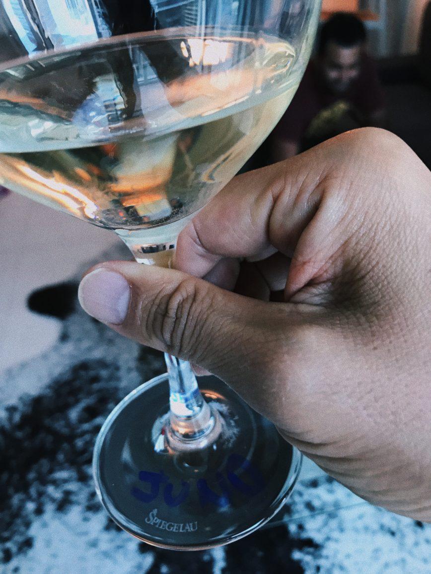 Ironhack Team Day com degustação de vinhos